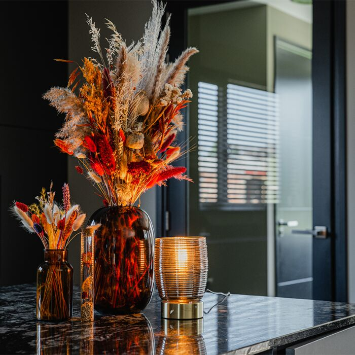 Art-Deco-table-lamp-brass-with-smoke-glass---Michi