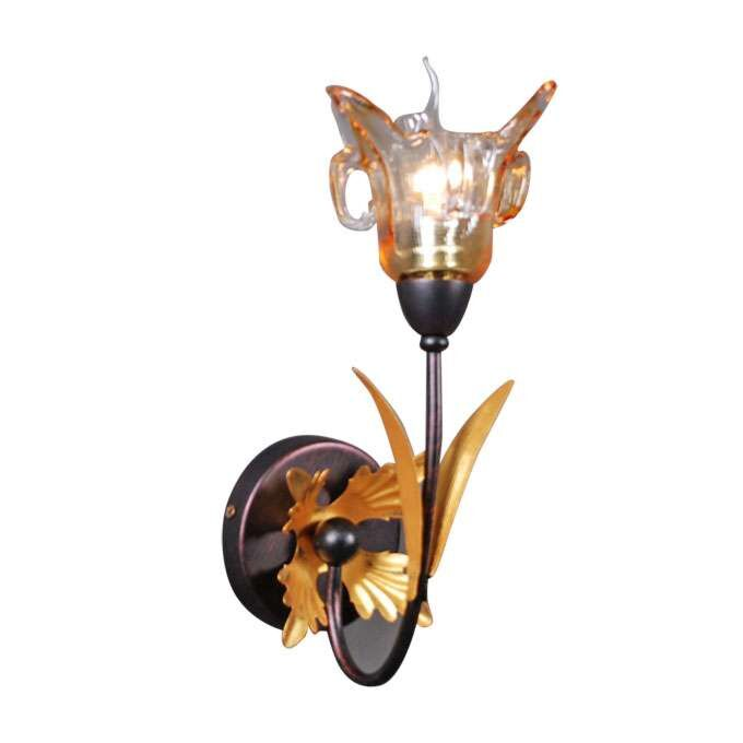 Wall-lamp-Italy-1