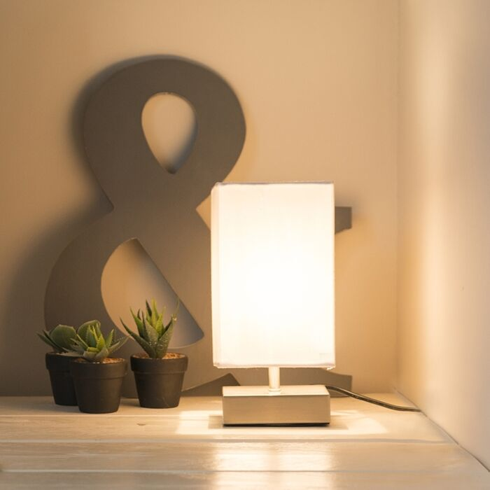 Modern-table-lamp-white-with-steel---Milo
