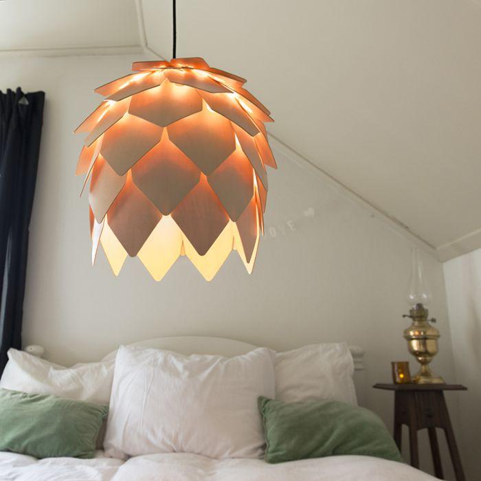 Pendant-Lamp-Pluma-Wood