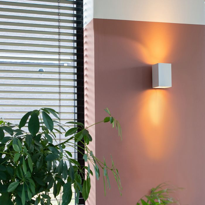 Modern-wall-lamp-square-white---Sandy