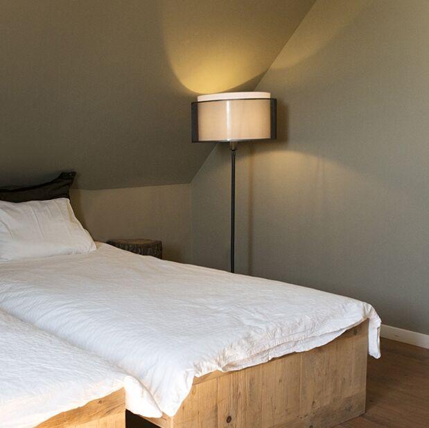 Floor-Lamp-Black-with-47cm-Black/White-Shade---Parte