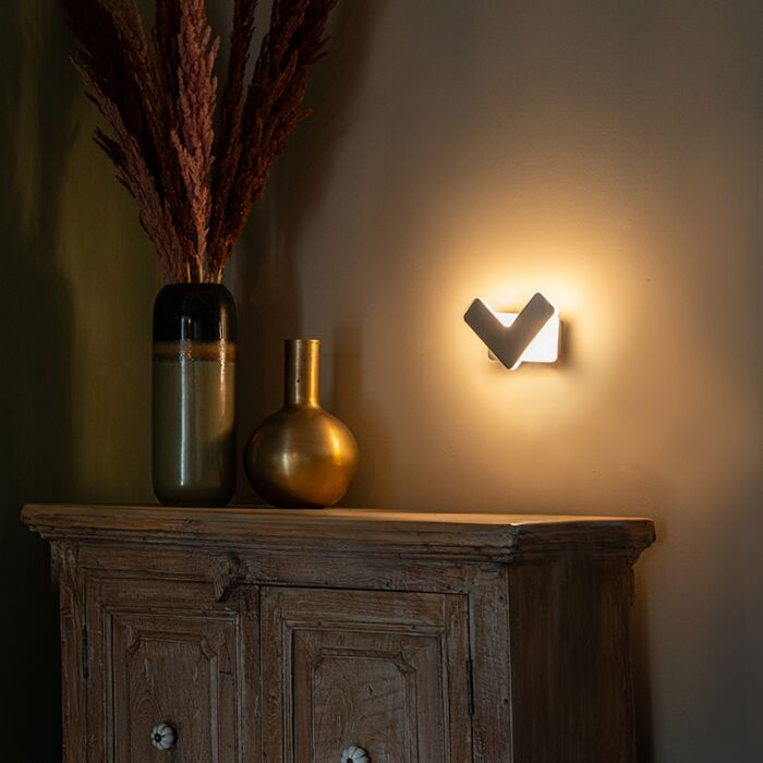 Modern-wall-lamp-LED-steel---Check