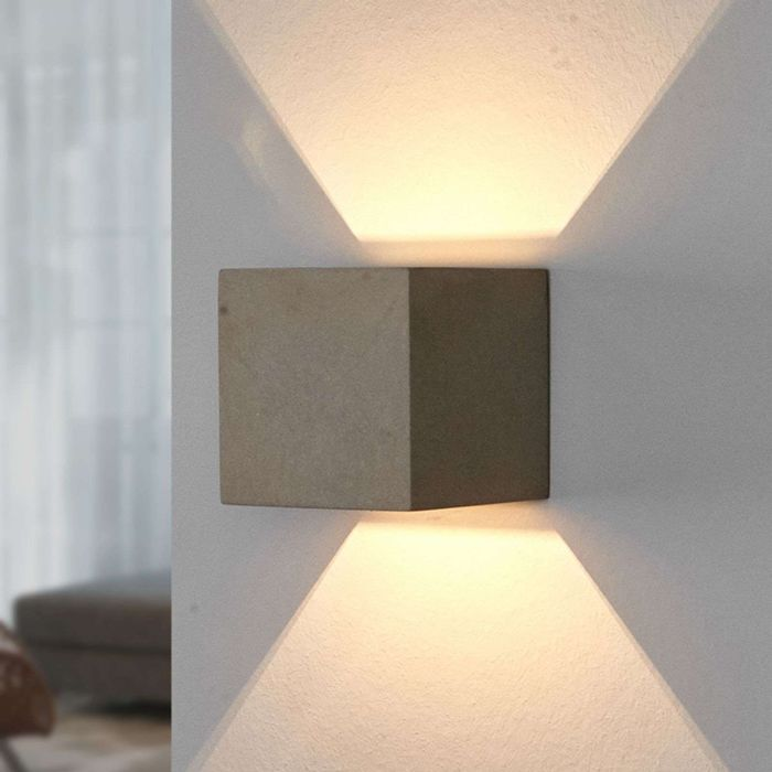 Tight-square-wall-lamp-concrete---Jayden