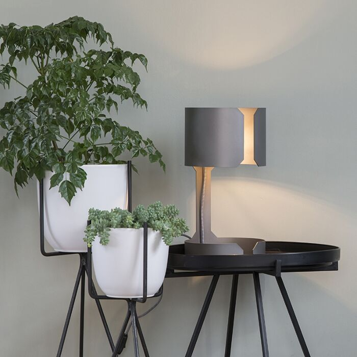 Design-table-lamp-matt-steel---Waltz